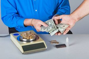 Get cash for gold Phoenix at west Valley Pawn & Gold